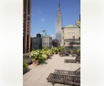 Murray Hill.  Elegant 2 bedroom/2 bathroom right of Park Avenue. Luxury building. Low fee!