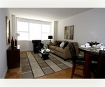 UPPER WESTSIDE****MAJESTIC ONE BEDROOM****NEXT TO TIME WARNER CENTER AND LINCOLN CENTER