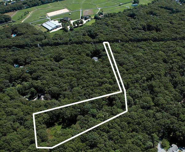 SOUTHAMPTON WOODED 3 ACRES