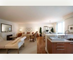 Penthouse 3Bed 3Bath in the Sky ~ Private Outdoor Space ~ Breathtaking Views