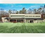 A GREAT LOFT ON AN ACRE IN EAST HAMPTON [ HREO Folio # 14427: IN# 42673 ]